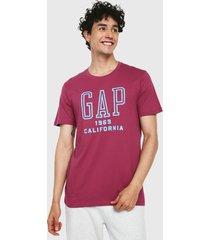camiseta violeta-azul gap