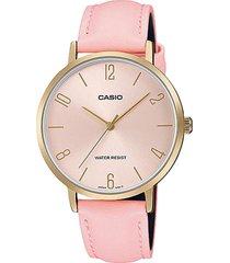reloj análogo rosado casio