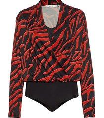 corragz body ao19 t-shirts & tops bodies rood gestuz