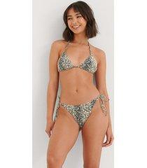 na-kd swimwear ormmönster bikinitrosa med knytband - beige