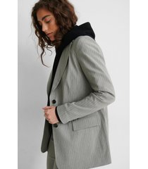 na-kd classic randig blazer - grey