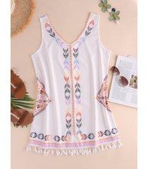 vestido sin mangas con dobladillo con borlas y cuello en v con estampado tribal blanco
