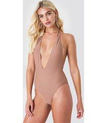 na-kd swimwear halterneck plunge swimsuit - pink