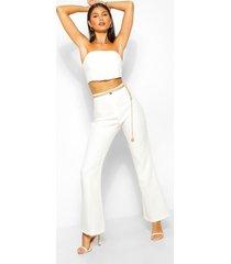 getailleerde broek met wijd uitlopende pijpen en naaddetail, wit