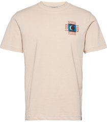 artwork tee in clean jersey quality t-shirts short-sleeved rosa scotch & soda