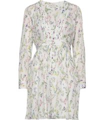 corinna dress knälång klänning vit by malina
