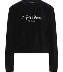 my t-shirt sweatshirts