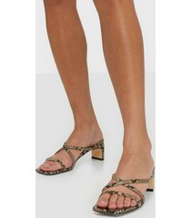 nly shoes classy heel sandal low heel