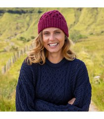 raspberry marl cozy aran hat