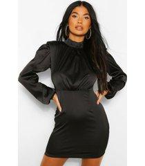 petite satijnen mini jurk met schouderpads en hoge kraag, black