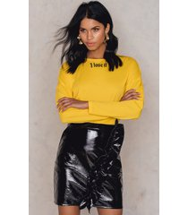 na-kd party patent frill skirt - black