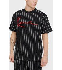 karl kani kk signature pinstripe tee t-shirts & linnen svart/vit