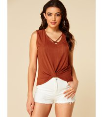 camiseta sin mangas yoins rust red criss-cross twist diseño