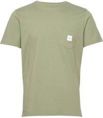 square pocket t-shirt t-shirts short-sleeved grön makia