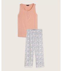 pijama pantalón capri y camiseta con pechera