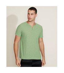 camiseta masculina básica manga curta gola portuguesa verde claro