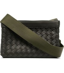 bottega veneta intrecciato leather messenger bag - green