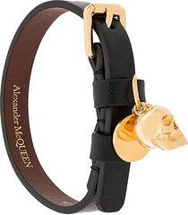 alexander mcqueen skull charm leather bracelet - black