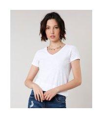 camiseta flamê de algodão básica manga curta decote v branca