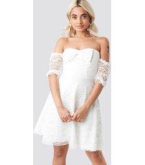 trendyol bow detailed mini dress - white