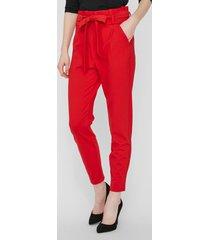 pantalón rojo vero moda