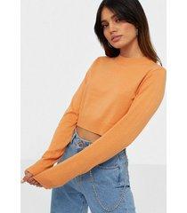 nly trend cropped flat knit sweater stickade tröjor