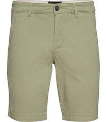 chino short shorts chinos shorts grön lyle & scott