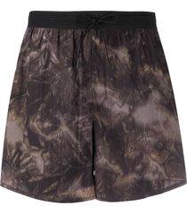 filippa k soft sport tie-dye print performance shorts - grey