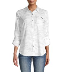 calvin klein jeans women's camo-print shirt - silver - size s