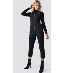 anna nooshin x na-kd front zip detailed jumpsuit - black