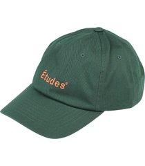 études hats