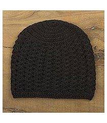 100% alpaca hat, 'black stars align' (peru)