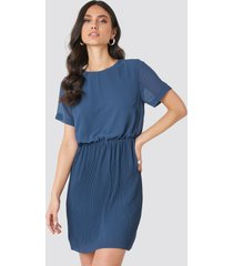 na-kd pleated skirt part dress - blue