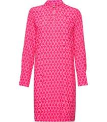 loganiw short dress kort klänning rosa inwear