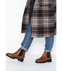 nly shoes chunky chelsea boot flat boots