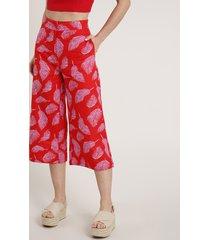 calça feminina pantacourt em linho estampada de folhagem vermelha