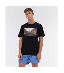 camiseta estampa fotoprint estrada entre montanhas skatista | ripping | preto | pp