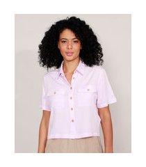 camisa cropped com bolsos manga curta lilás