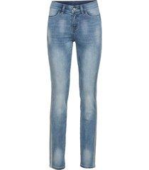 jeans med glittrigt band i sidorna