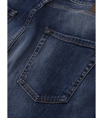 five-pocket jeans