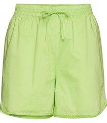 verona shorts shorts chino shorts grön just female
