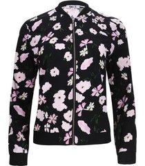 chaqueta negra estampada floral color negro, talla 6