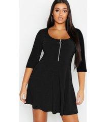 plus zachte geribbelde skater jurk met rits, zwart