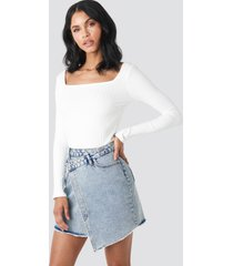 na-kd assymetric closure denim skirt - blue