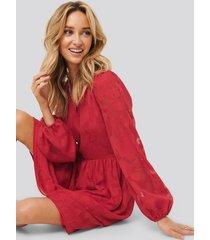 na-kd boho flowy flower applique dress - red