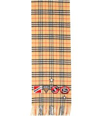 burberry vintage check badge scarf