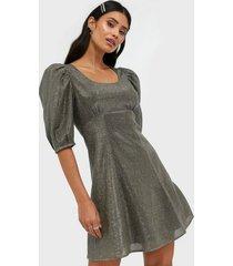 adoore volumnious blouson dress fodralklänningar