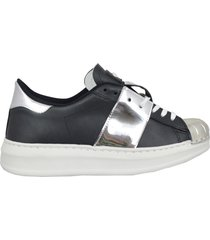 gioselin sneakers