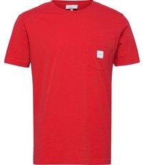 square pocket t-shirt t-shirts short-sleeved röd makia