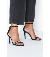 nly shoes strap heel chain sandal high heel